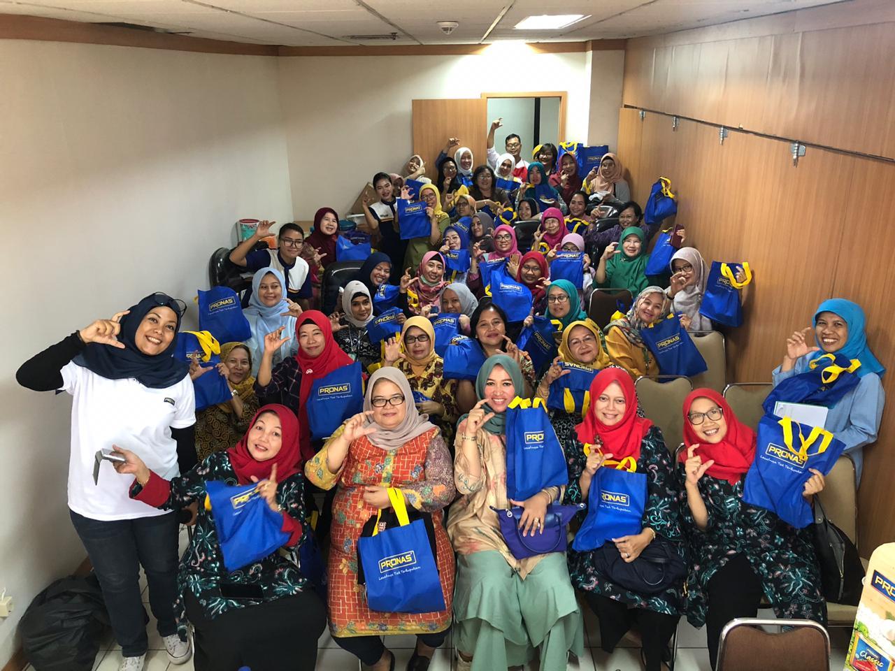 Dapoer Pronas Club bersama Dharma Wanita Yankes di Kementerian Kesehatan - Jakarta