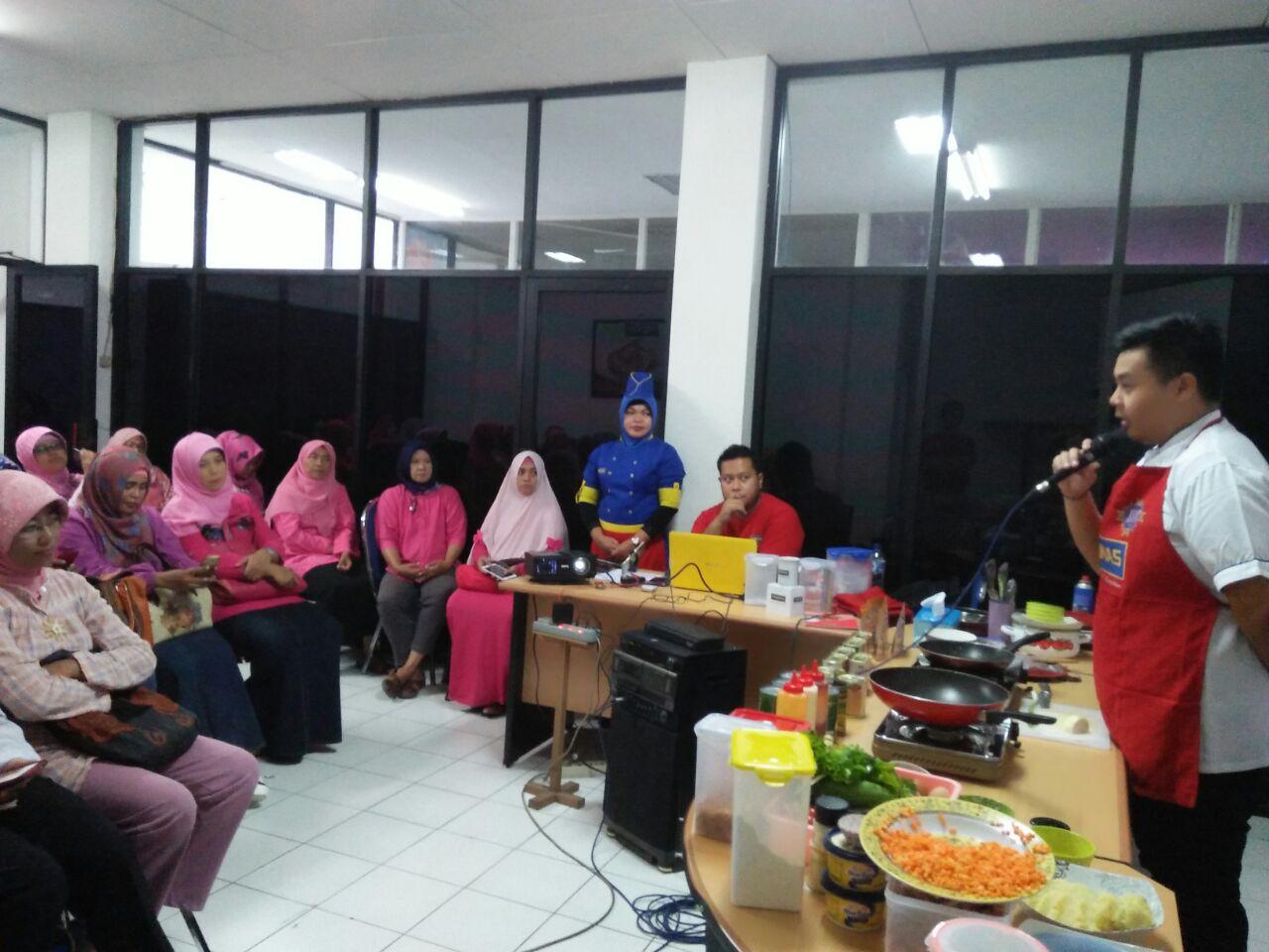 Dapoer Pronas Surabaya