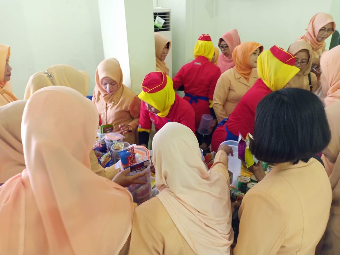 Dapoer pronas club darmawanita dinas tenaga kerja surabaya
