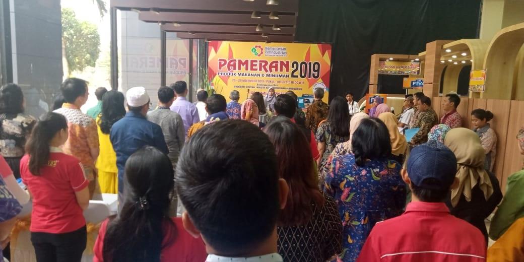 Pronas ikut serta dalam pameran di Departemen Perindustrian RI